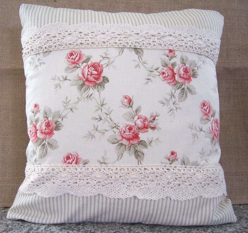 Shabby Chic Woodrose Pillowcases : Cute Pinterest: Shabby chic pillows