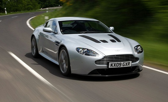 Aston Martin V12 Vantage in Titanium Silver 