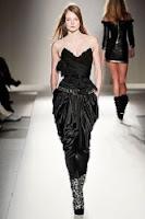 Hermoso pantalon negro drapeado