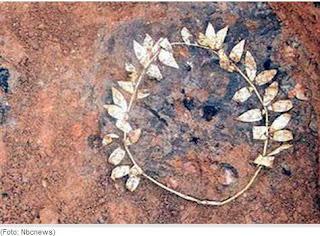 Pemakaman Yunani Kuno Berlapis Emas