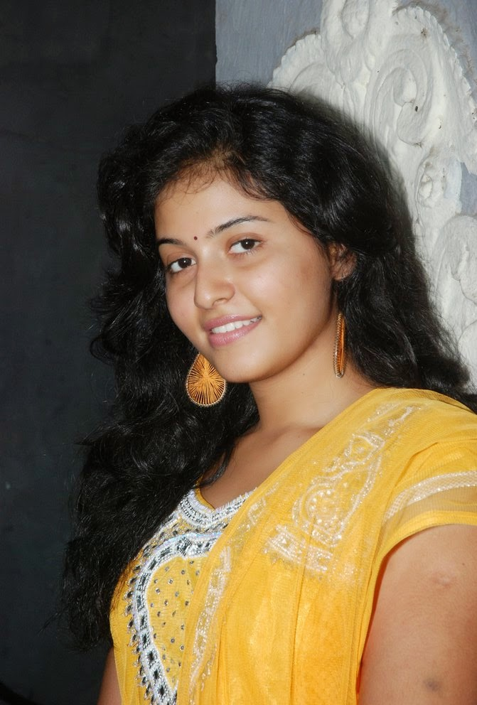 A, anjali, anjali hot in transparent saree., HD Actress Gallery, latest Actress HD Photo Gallery, Latest actress Stills, Telugu Movie Actress, Tollywood Actress, Hot Images, Indian Actress, Actress, Anjali telugu movie actress latest photo Stills