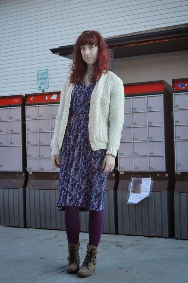 vintage, thrifting, knitted cardigan, fleece tights,