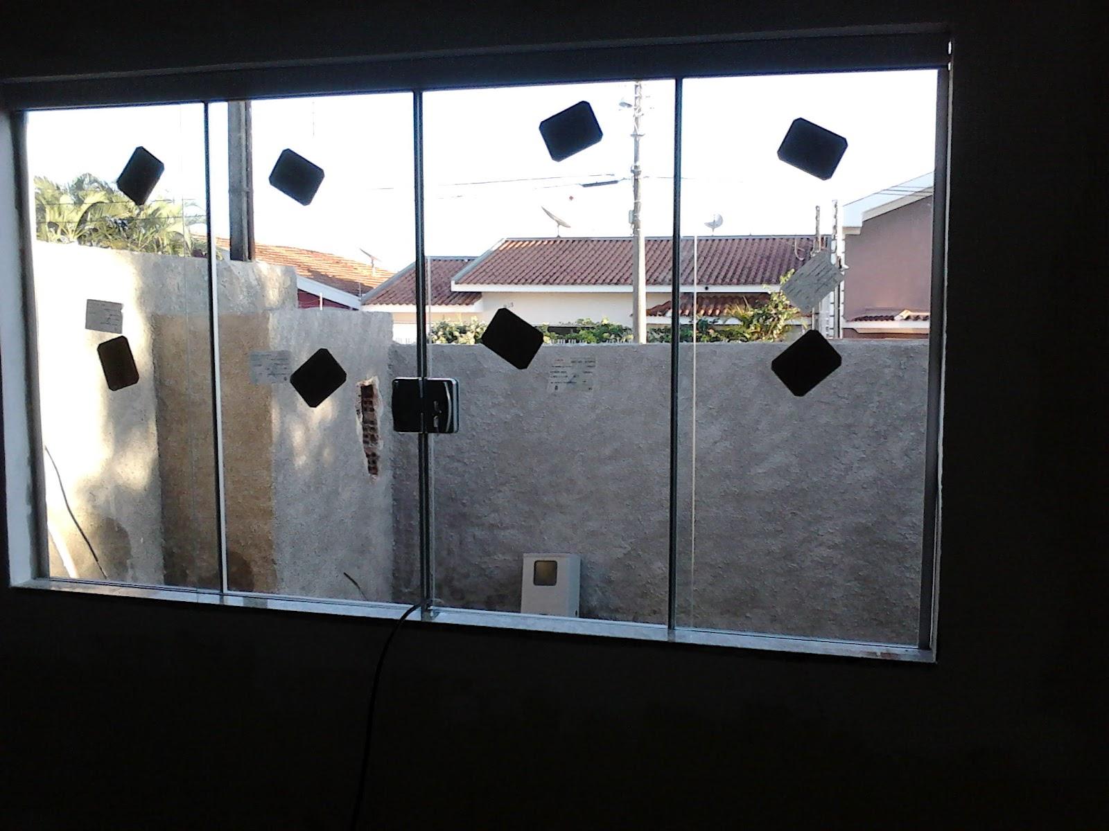 #837248 janelas em vidro incolor 08mm no sistema de 04 vidros 2 fixos e 02 de  1758 Janela De Aluminio Ourinhos