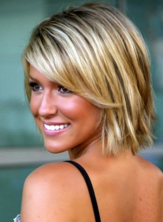 kort en halflange kapsels on Pinterest Short Haircuts, Pixie  - Middellange Kapsels Vrouwen