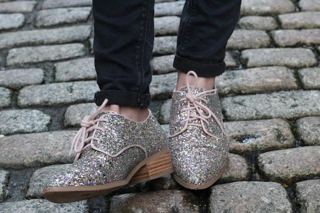 Glittery-Dune-Brogues