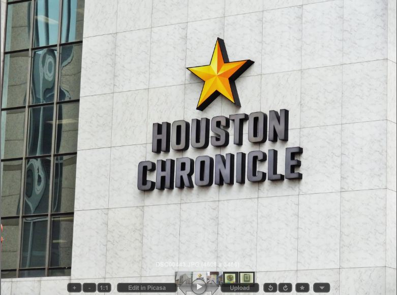 Houston Chronicle Building in the Central Business ...