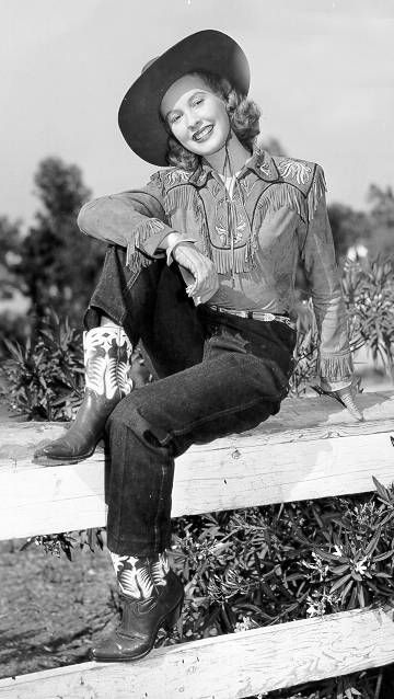 Penny Edwards in Sunset In The West Starring Roy Rogers