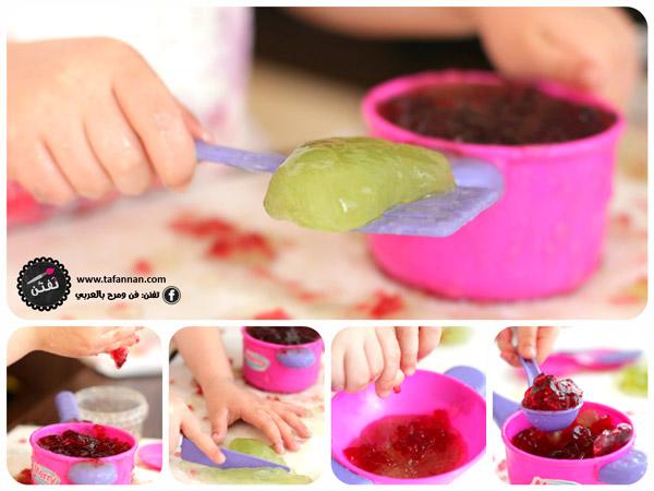 استخدام أدوات مختلفة ليستخدمها الطفل أثناء لعبه بالجيلي