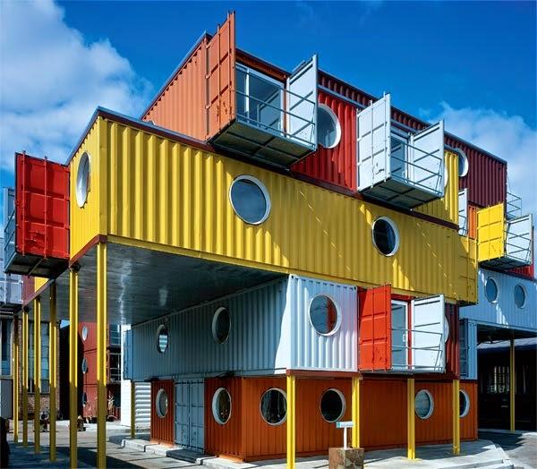 Los 10 edificios m s extra os del mundo curiosidades de for Sala wharf 73