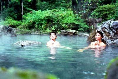 Lên Tây Bắc xem Hot girls dân tộc tắm tiên (Phần 2) 5