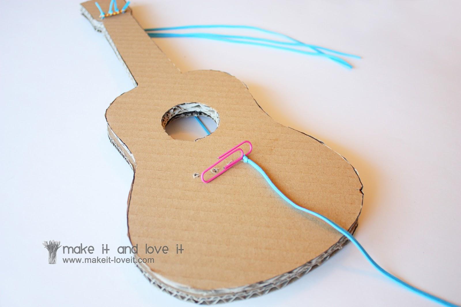Как сделать из бумаги гитару
