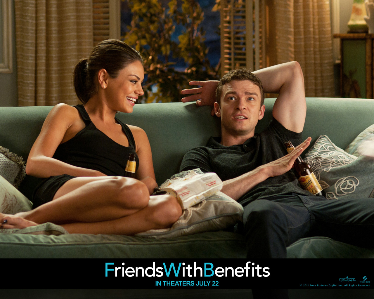 http://4.bp.blogspot.com/-0AE2s-dgCC8/TjQ-64piAqI/AAAAAAAAB8E/4T9f8895kD8/s1600/Justin_Timberlake_in_Friends_with_Benefits_Wallpaper_3_1024.jpg