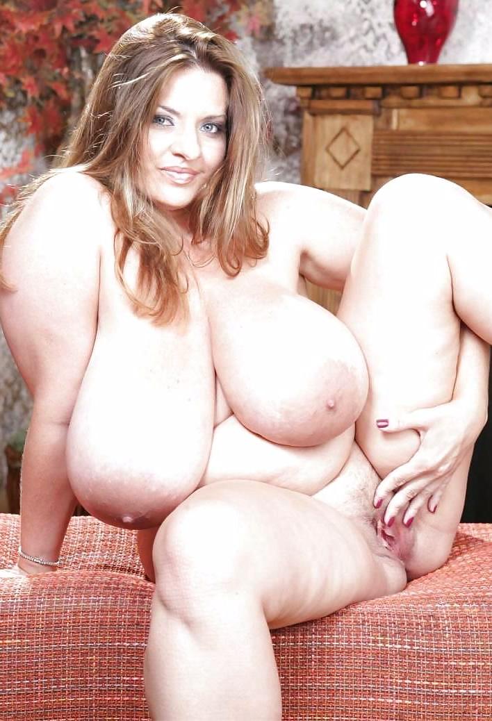 фото пухлых голых дам