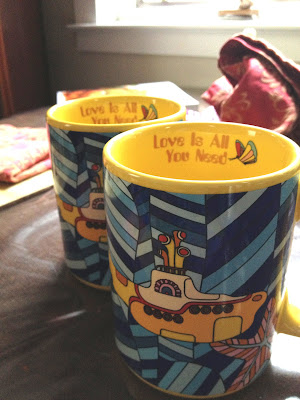 Yellow submarine mugs, The Beatles