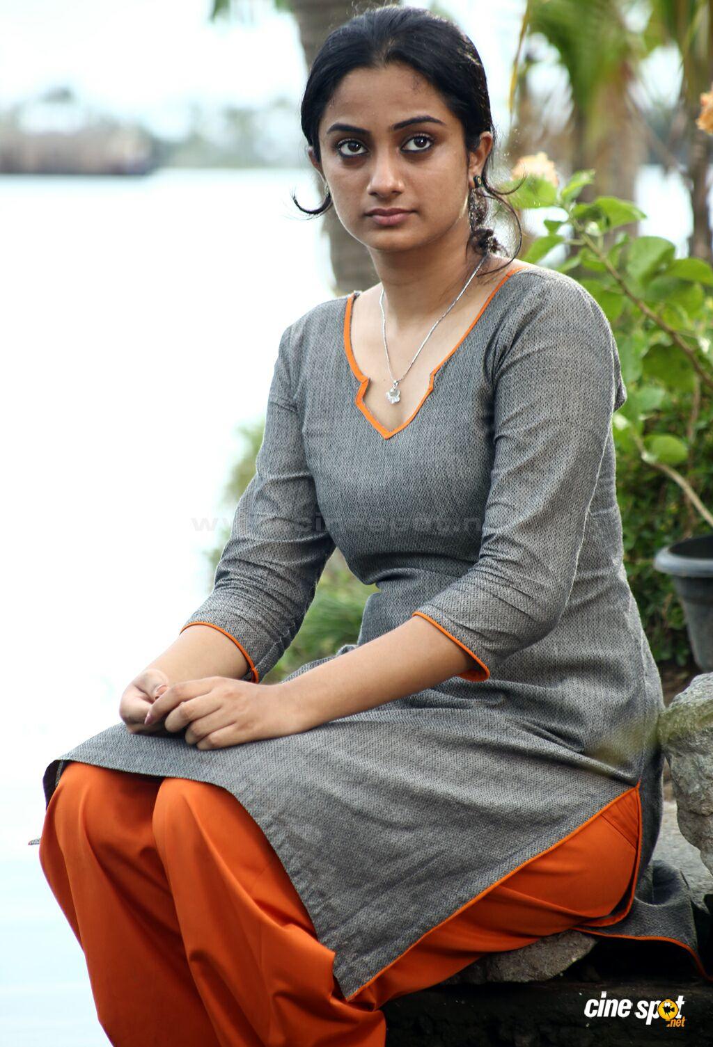 hot new photos from Pullipulikalum Aattinkuttiyum |Hot Malayalam ...