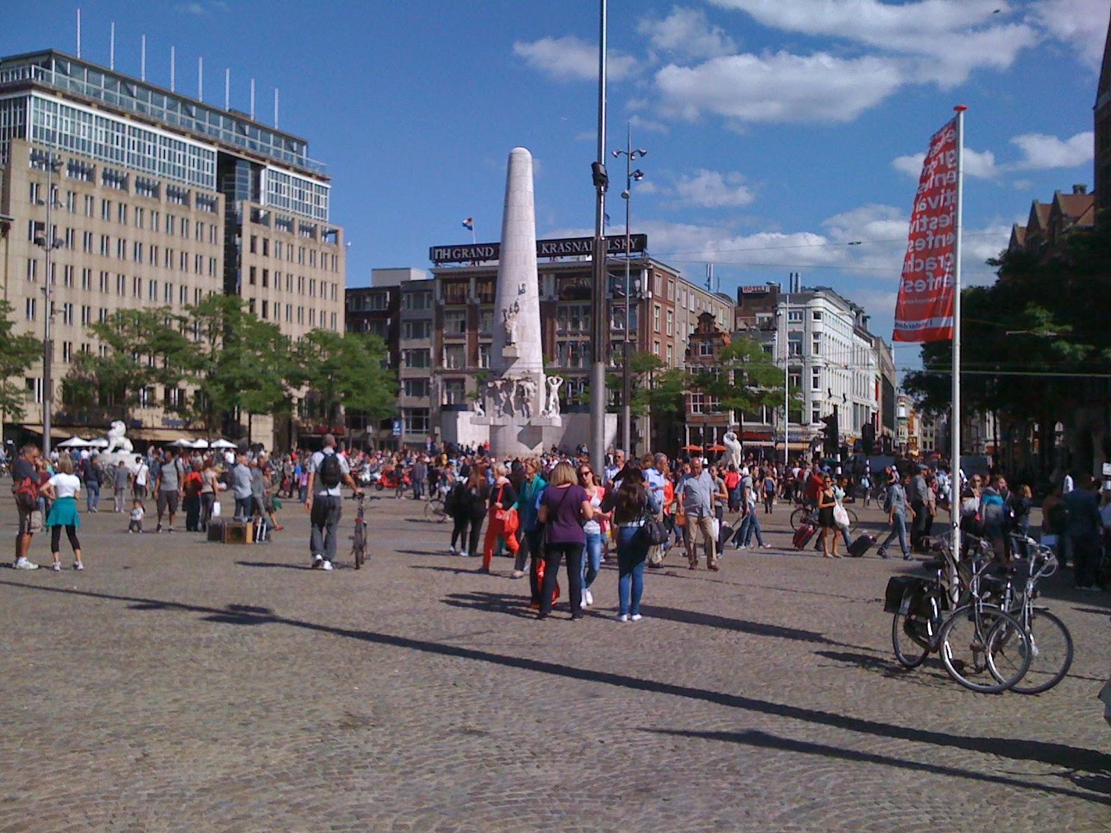 Damsquare Amsterdam