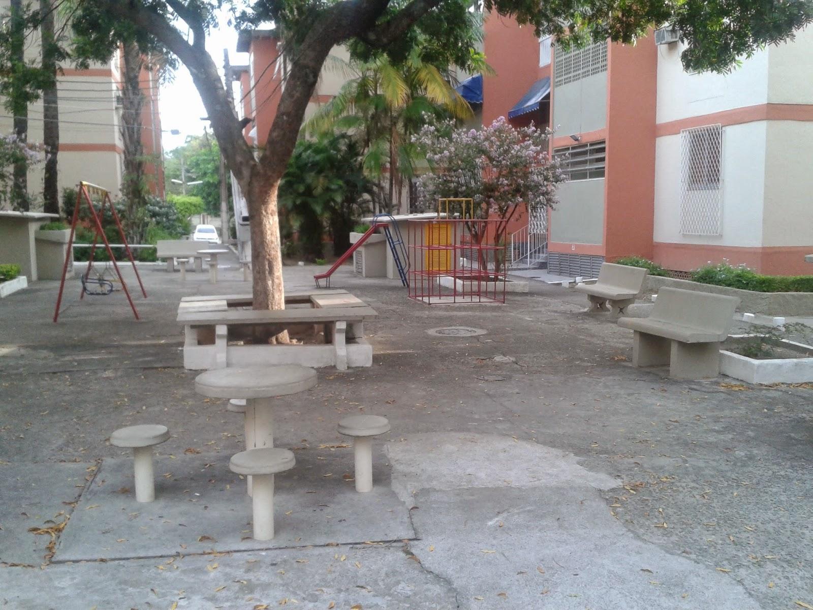 Imagens de #7D564E Apartamento Village Ilha do Governador Avelino Freire Imóveis 1600x1200 px 2886 Box Banheiro Ilha Do Governador
