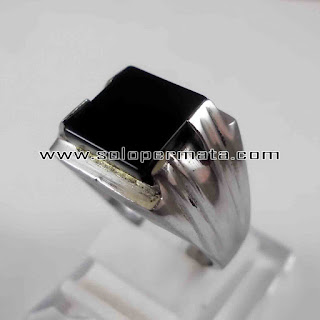 Batu Permata Black Onyx