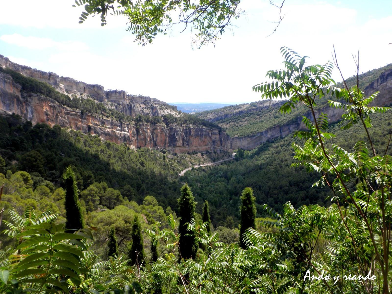 Vistas  desde el monasterio de San Miguel de las Victorias. Priego