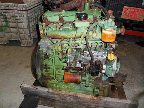 John Deere 1650 engine
