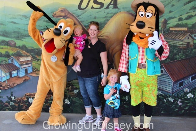 Pluto, Goofy, Walt Disney World, Growing Up Disney