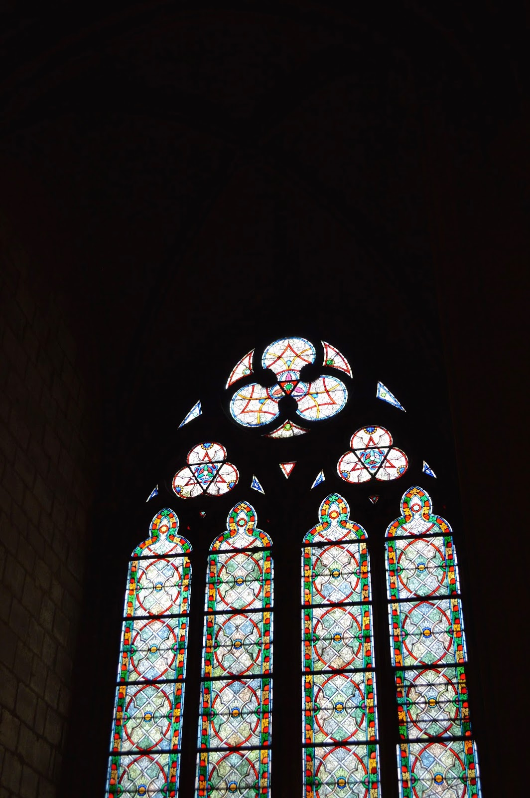 Notre-Dame. Stained glass window.