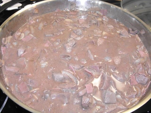 Pixels de saveurs foie de porc la bourguignonne - Cuisiner le foie de boeuf ...