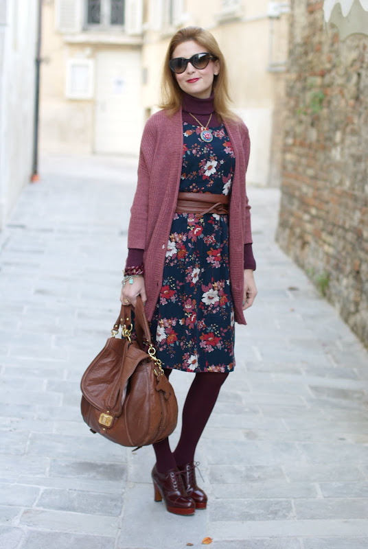 vintage style flower dress, dolce & gabbana sunglasses