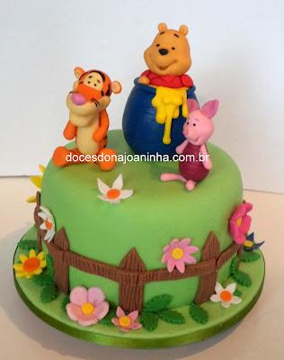 bolo decorado turma do ursinho pooh tigrão e porquinho