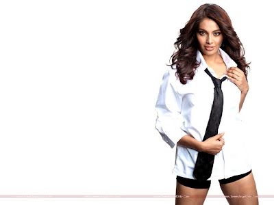 Bipasha Basu Players Wallpaper