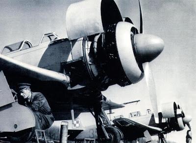 Аэродромные регламентные работы на Як 11