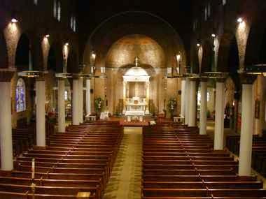 Interior de una capilla