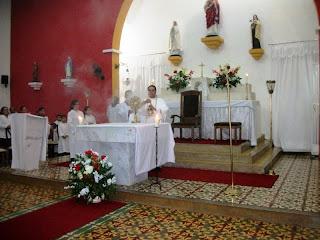IMÁGENS DA 1ª NOITE DE NOVENA EM HONRA AO SAGRADO CORAÇÃO DE JESUS