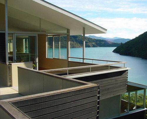 Apple Bay House by Parsonson Architects ltd