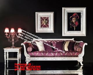 Toko mebel jati klasik jepara,sofa cat duco jepara furniture mebel duco jepara jual sofa set ruang tamu ukir sofa tamu klasik sofa tamu jati sofa tamu classic cat duco mebel jati duco jepara SFTM-44079
