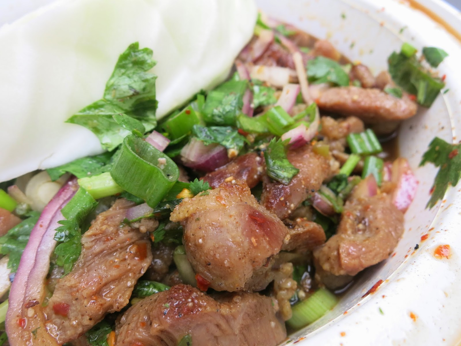 Thai bbq pork salad recipe