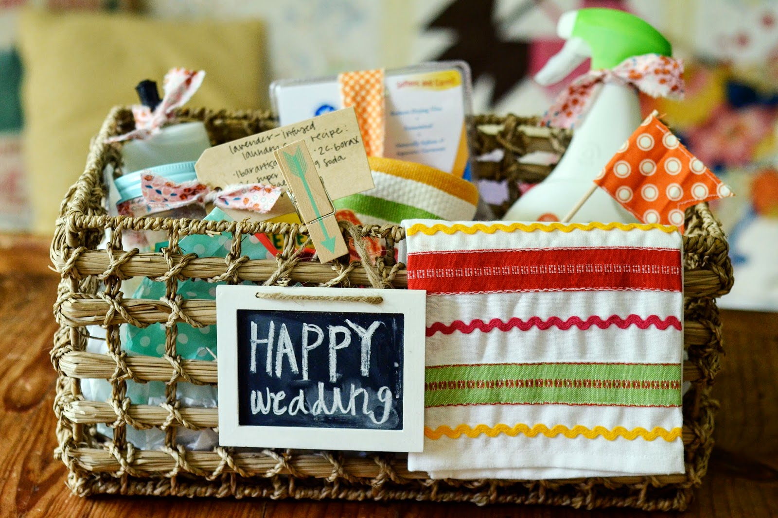 Wedding Gift Ideas Under USD25 : ... creates: the homemakers wedding gift basket idea for under USD25