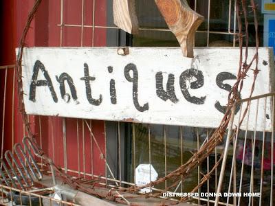 antiques, junk, Warrenton, Thompson, Mimi T's, Andersons Market, Uncle Junk's