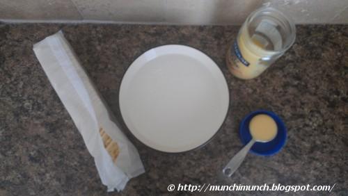 Sweetened Condensed Milk with Saltine Crackers via http://munchimunch.blogspot.com