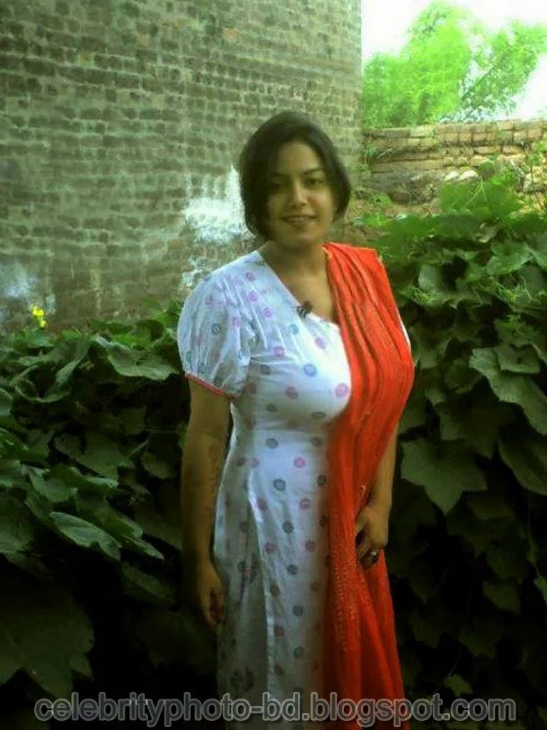 Desi+Girls+In+Salwar+Kameez+Photos011