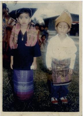 Pakaian-karnaval-Minangkabau
