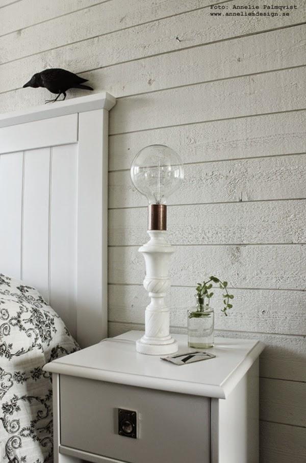 marmor lampa, modern lampa, diy lampor, koppar, sängbord, sänggavel, sänggavlar, huvudgavel, huvudgavlar, trä gavel, liggande panel, vitt, vit, vita,