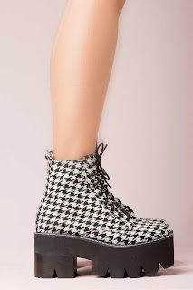 Siglin Boots By Jeffrey Campbell