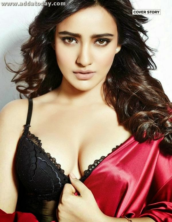 Neha Sharma in FHM 2017 | Celebrities Pictures Wallpaper