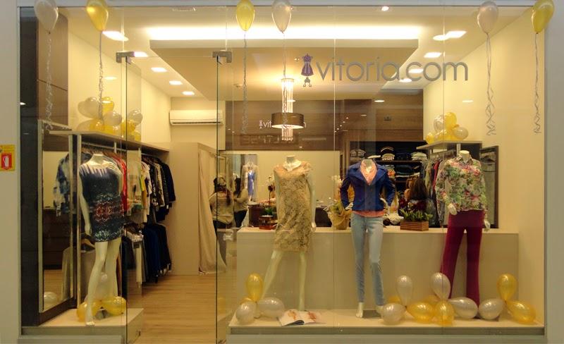 9d4cfa090eb Vitoria.com e Cia do Luxo abriram seus espaços no primeiro piso do Shopping