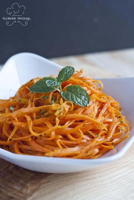marchewka, przepis, spaghetti z, z marchewki, zasmazana, smażona, na cieplo