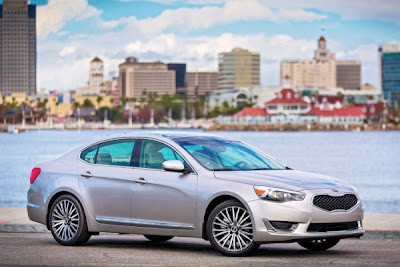 Kia Cadenza at Detroit Motor Show 2013