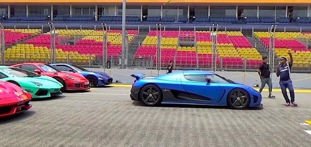 総額数十億円?シンガポールで40台以上のスーパーカーが集結!
