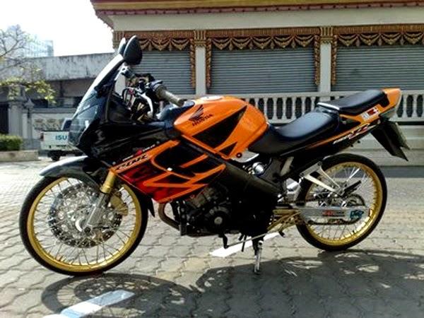 Review Motor Old Cbr150 Repsol Edition Semakin Ganteng Dan