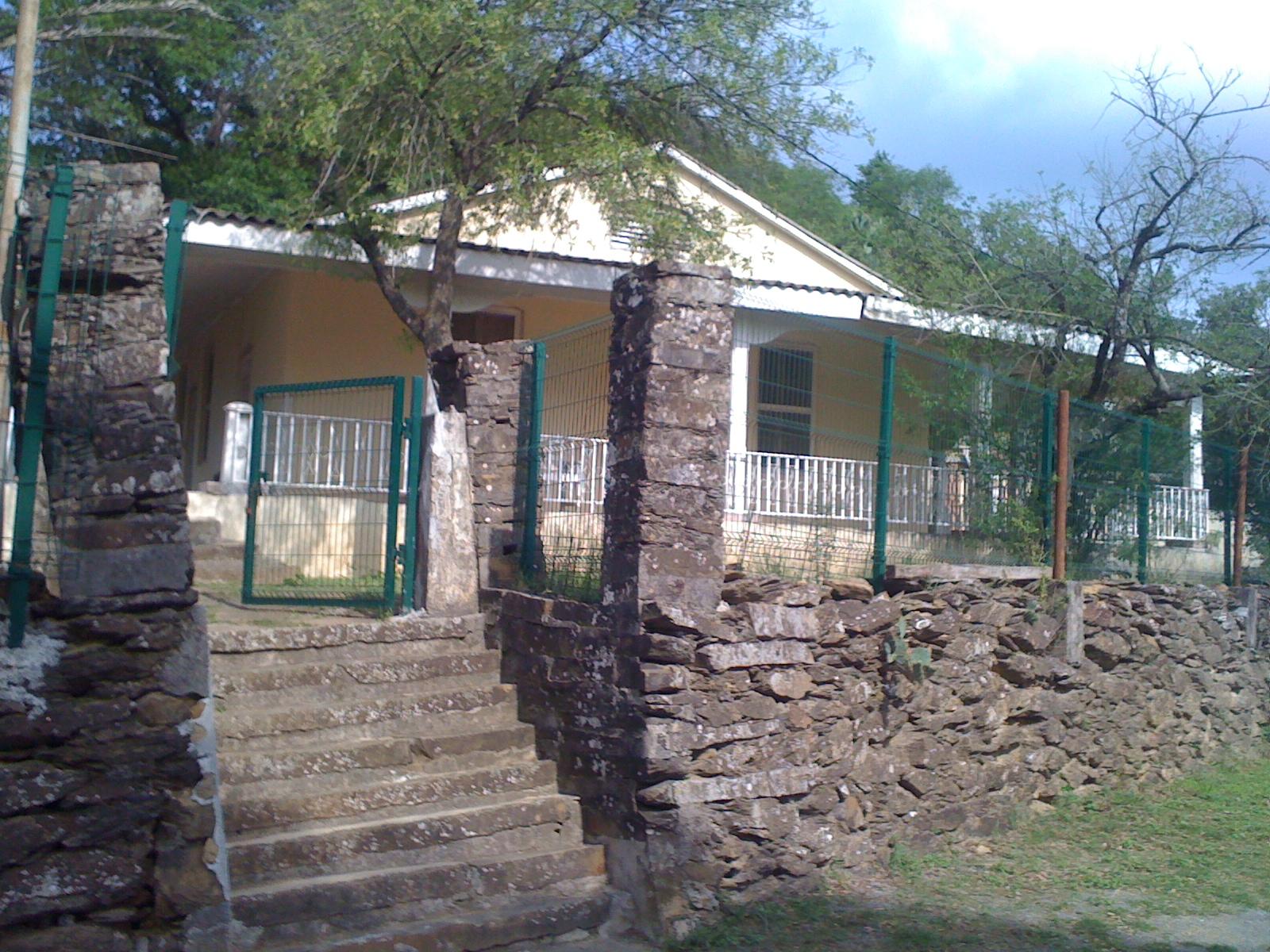 Arquitectura monterrey casas en el cerro del mirador for Casas en monterrey